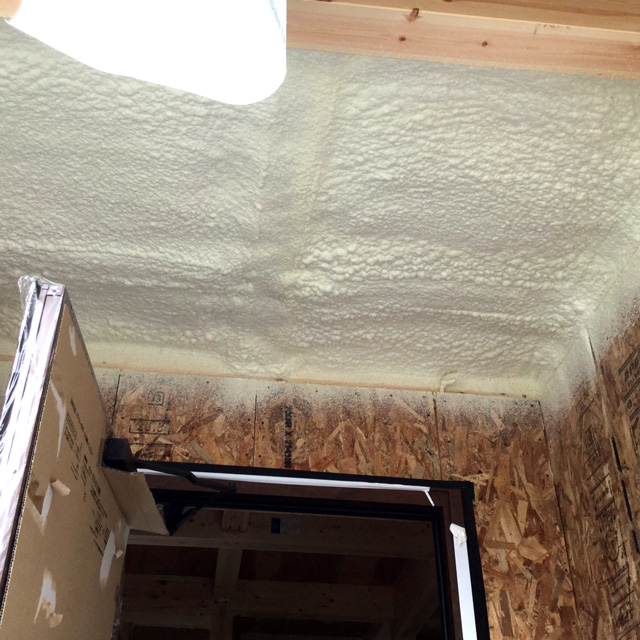 屋根面 A-3種 SPRAY断熱施工後